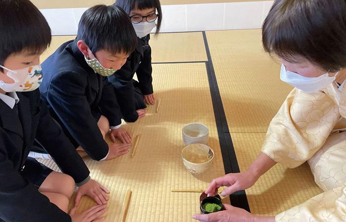 日本の伝統と文化を学ぶ茶道